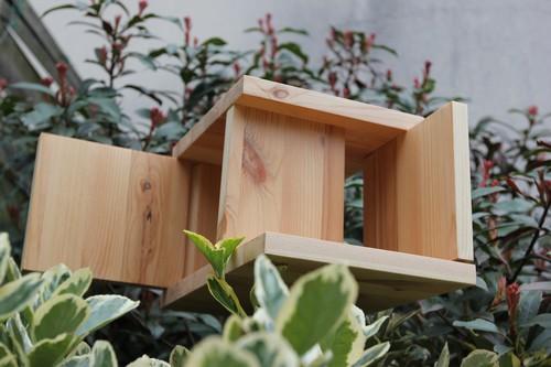 Diy une birdhouse design f esmaison for Comfabriquer cabane oiseau