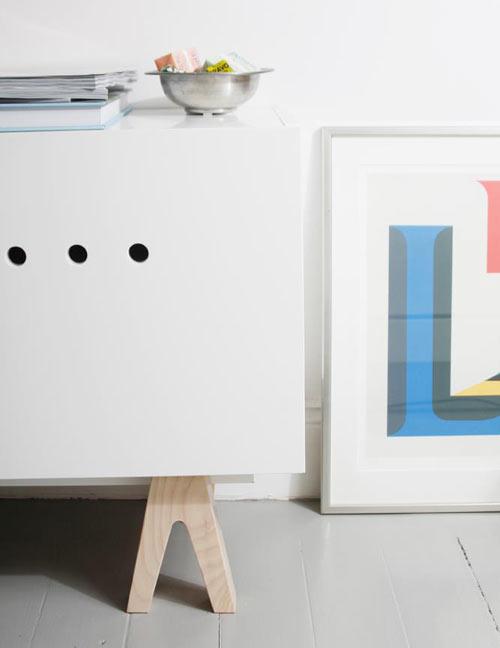 customiser ses meubles ikea c est maintenant possible gr ce prettypegs f esmaison. Black Bedroom Furniture Sets. Home Design Ideas