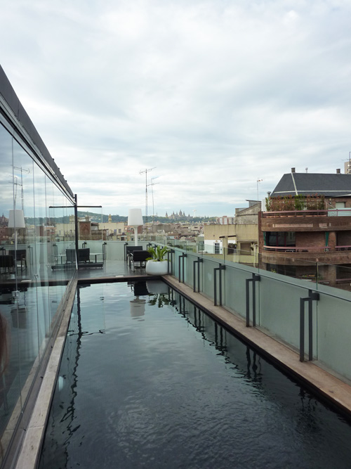 Hotel piscine interieure barcelone 28 images la for Appart hotel barcelone avec piscine