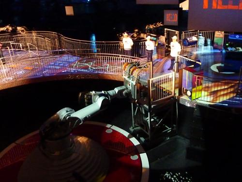 Futuroscope-Danse_avec_les_robots-Martin_Solveig