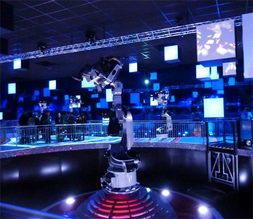 Futuroscope-Danse_avec_les_robots-Martin_Solveig-17