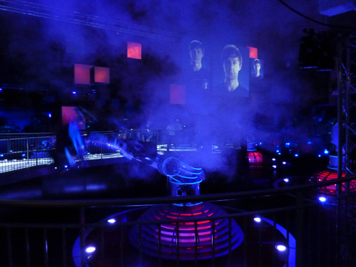 Futuroscope-Danse_avec_les_robots-Martin_Solveig-19