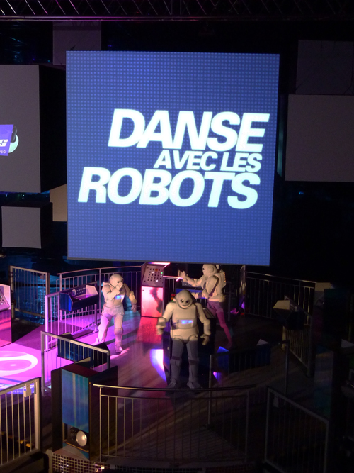 futuroscope danse avec les robots martin solveig f esmaison. Black Bedroom Furniture Sets. Home Design Ideas