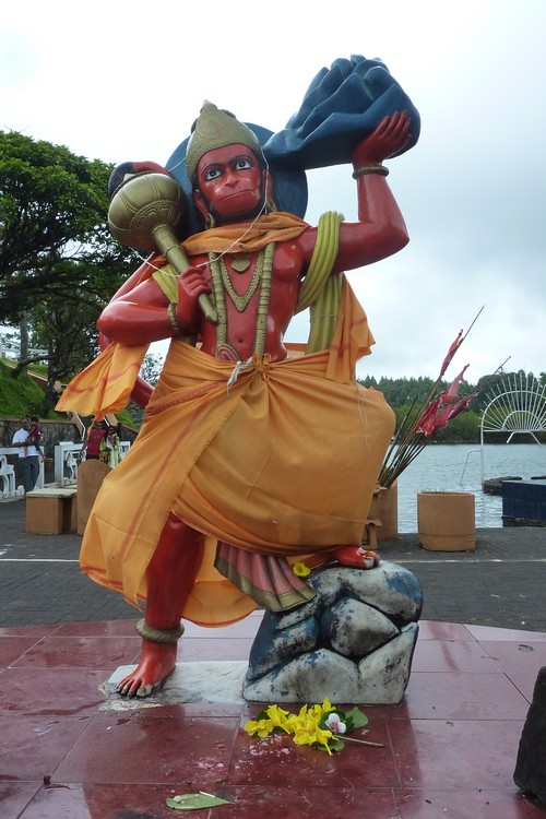 1-Grand_Bassin-Shiva-Mauritius-Ile_Maurice-Statue-singe-Hanuman