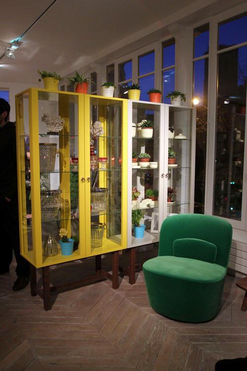 1 ikea 2013 stockholm vitrine fauteuil pivotant 2 f esmaison. Black Bedroom Furniture Sets. Home Design Ideas