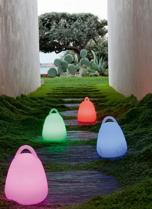 1-Leroy_Merlin-Mobilier-Outdoor-eclairage-baladeuse-lumineuse-multicolore