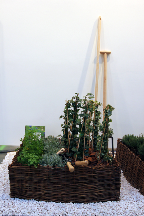 news outdoor leroy merlin m invite au jardin f esmaison. Black Bedroom Furniture Sets. Home Design Ideas