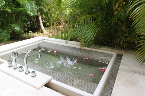So_Mauritius-Sofitel-ile_maurice-voyage-hotel-suite-lit-baignoire_exterieure.5