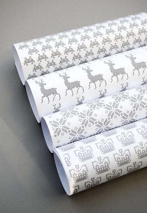 free-wrapping-paper-printable-DIY-Craft-pixel_art