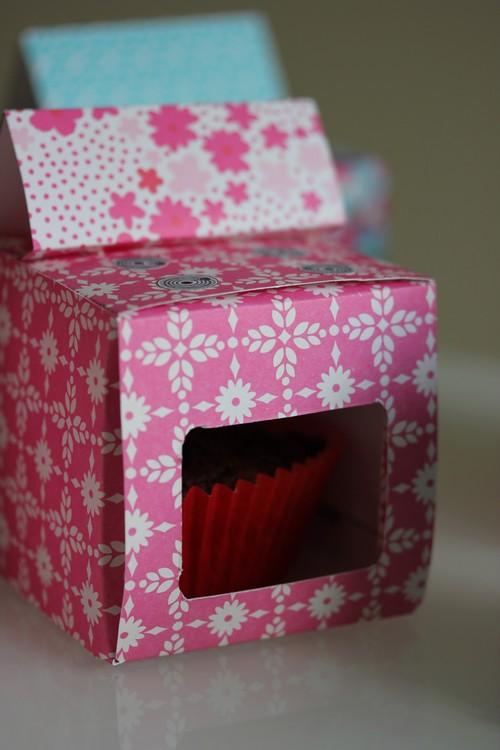 DIY-Oven-Cuisiniere-Retro-Paper_toys-Craft-Cupcake_box-Birthday-Party-2