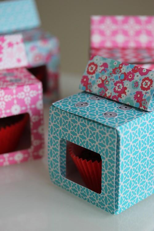 DIY-Oven-Cuisiniere-Retro-Paper_toys-Craft-Cupcake_box-Birthday-Party4
