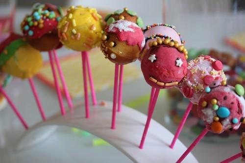 cake-pop-atelier-customcake-birthday-10years-sweet_table-decoration-3