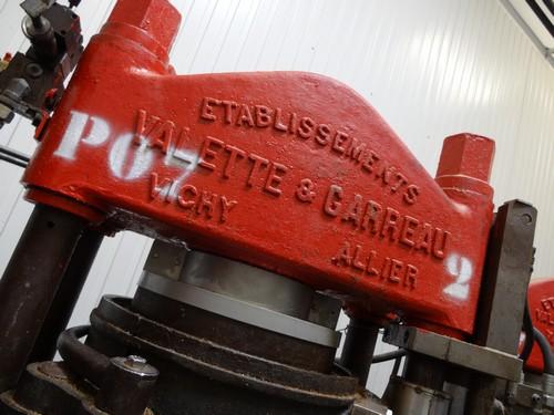 Huilerie-Croix_verte-France-La_Tourangelle-Factory-Pressoir-4