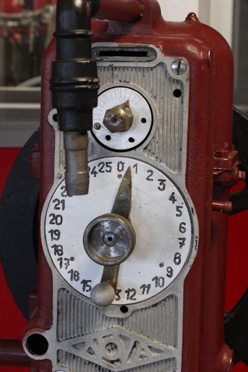 Huilerie-Croix_verte-France-La_Tourangelle-Factory-Pressoir-vintage-2