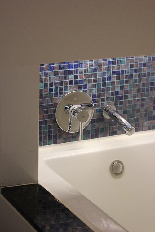 Chatrium_Riverside_Hotel-Bangkok-Thailand-room-bath
