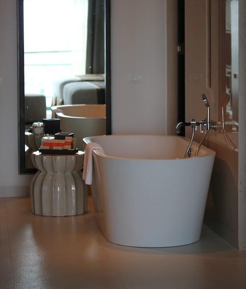 Chatrium_Riverside_Hotel-Bangkok-Thailand-suit_room-bath