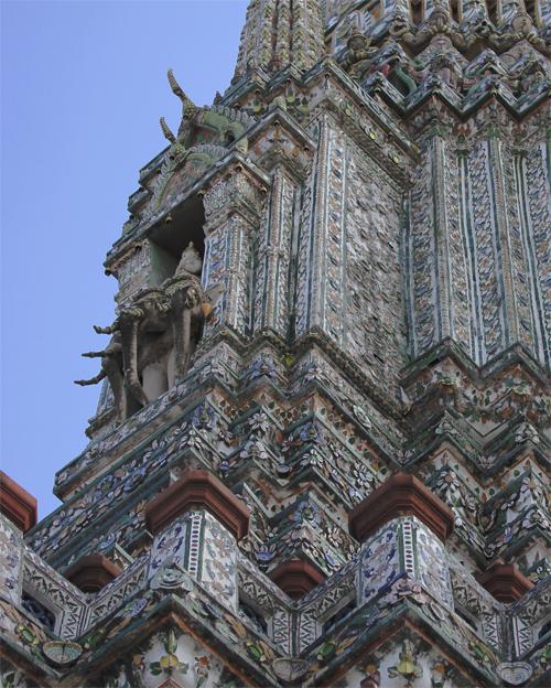 Wat_Arun-Temple_de_l_aube-Temple_of_Dawn-Bangkok-thailand-Blogtrip-13