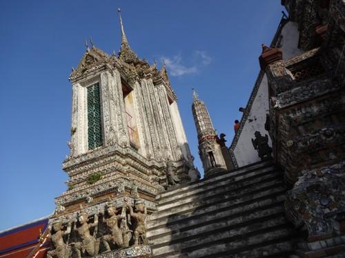 Wat_Arun-Temple_de_l_aube-Temple_of_Dawn-Bangkok-thailand-Blogtrip-33