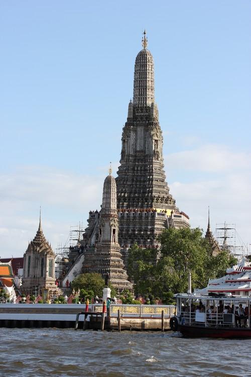 Wat_Arun-Temple_de_l_aube-Temple_of_Dawn-Bangkok-thailand-Blogtrip-8