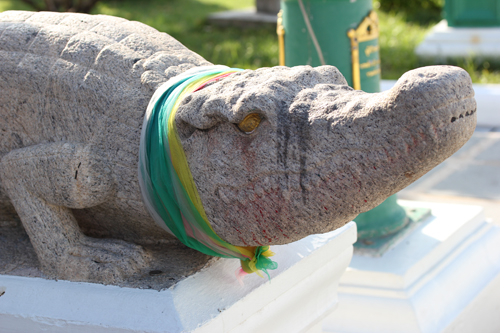 Wat_Arun-Temple_de_l_aube-Temple_of_Dawn-Bangkok-thailand-Blogtrip-Crocodile