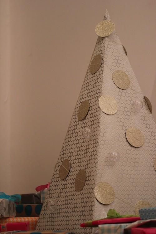 DIY_Advent_Calender-Wall_Paper-Pyramid-2014-Home_made-3
