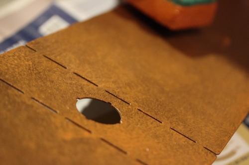 DIY-Design-Leroy_Merlin-Lampe-Teruki-Rouille-Feesmaison-customisation-Deco_Lab-eponge