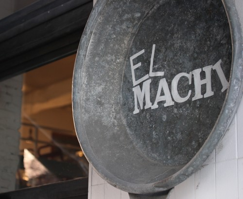 Santander-Cantabrie-Spain-blogtrip-Bar-Tapas-Pinchos-Pintxo-Restaurant-El_Machi-deco-1