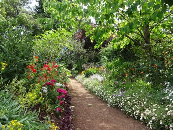 Que faire mad re cot nature f esmaison for Jardin botanique gratuit 2015