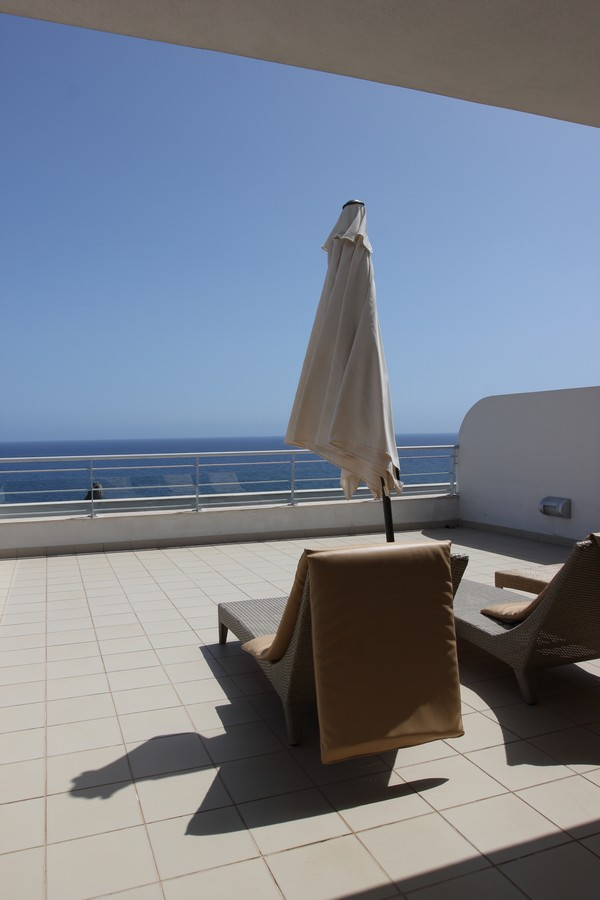 Melia_Madeira_Mare_Resort_Spa-Moloclinic-Funchal-Madere-Portugal-Blogtrip-Travels-Roof-Suite