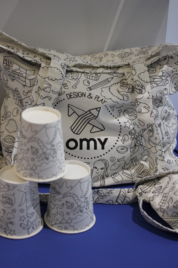 OMY_studio-Design-Coloring-Showroom-Paris-10e-OMY_design_Play-kids-Textile-Bags