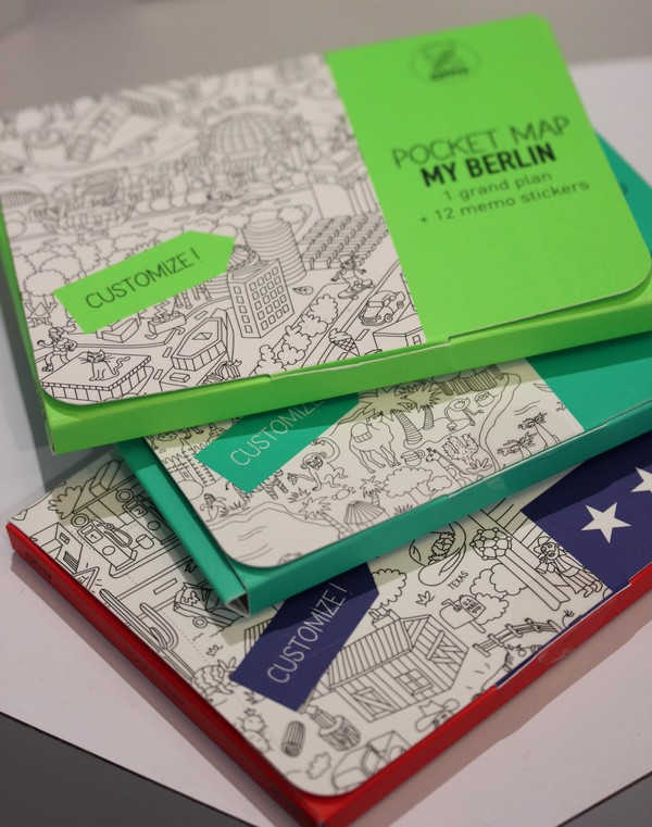 OMY_studio-Design-Coloring-Showroom-Paris-10e-OMY_design_Play-kids-pockets_map-city