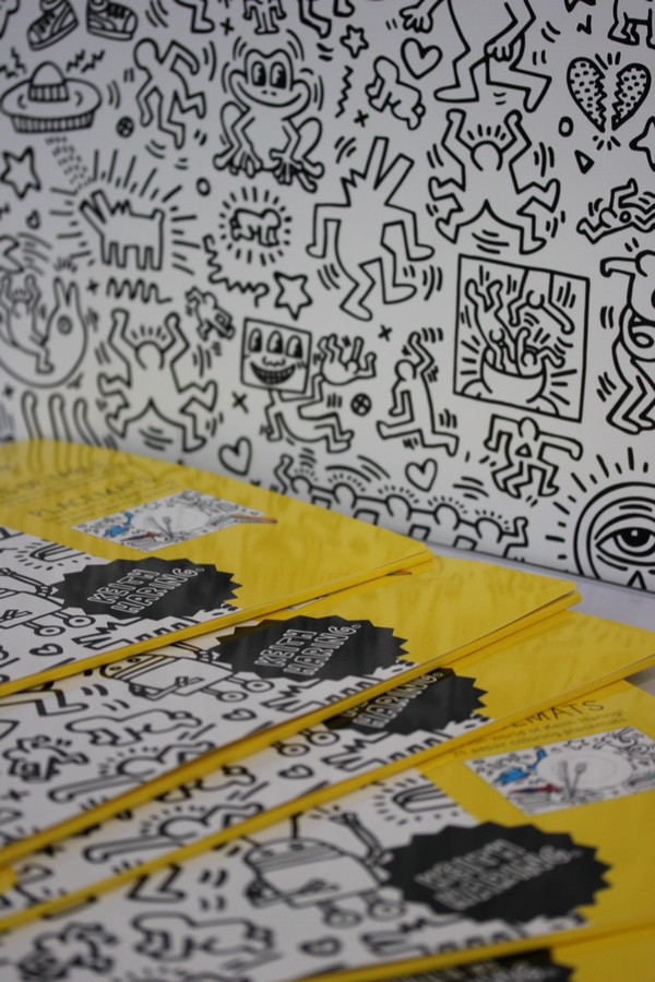 OMY_studio-Keith_Haring-Design-Coloring-Showroom-Paris-10e-OMY_design_Play-2
