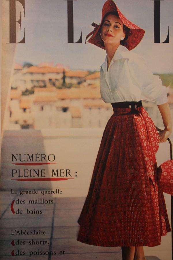 La_vallee_Village-Luxury-shopping-Manifeste_de_la_chemise_blanche-Elle_Magazine-fashion-mode-paris-Jean_Chevalier-1952