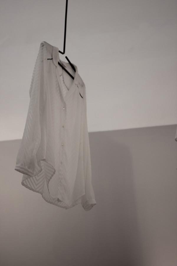 La_Vallee_Village-shopping-Manifeste_de_la_chemise_blanche-Elle_Magazine-fashion-mode-paris-Galerie_Art-Exposition-6