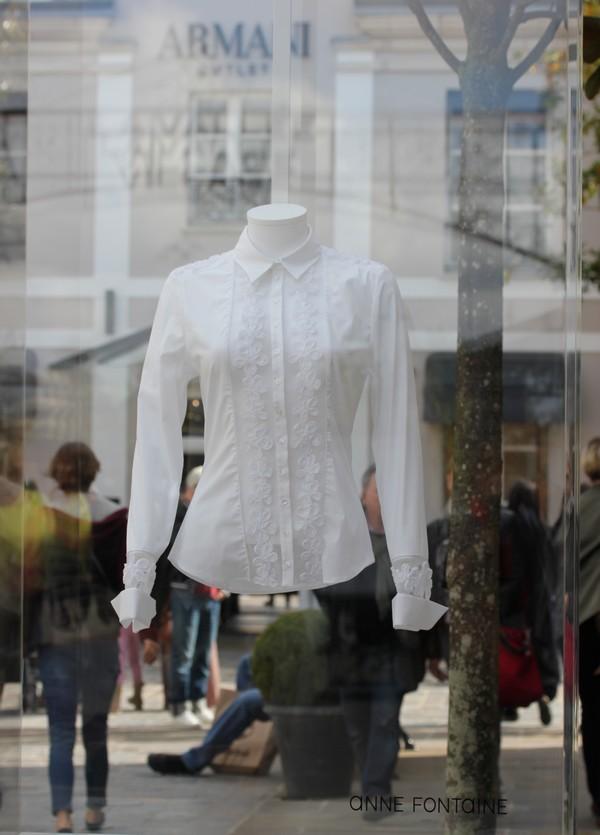 La_vallee_village-luxury-shopping-Manifeste_de_la_chemise_blanche-Elle_Magazine-fashion-mode-paris-Anne_Fontaine-2