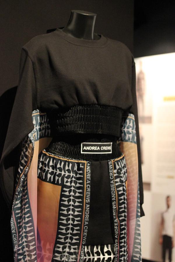 Le_dressing_de_reve_des_parisiens-Exposition-Au_feminin-Paris-Fashion-Andrea_Crews-creators-2