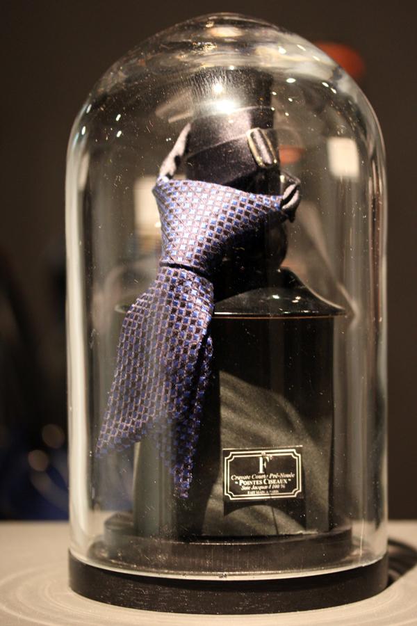 Le_dressing_de_reve_des_parisiens-Exposition-Au_feminin-Paris-Fashion-Francois_Regis_Laporte-Maison_F-Cravates