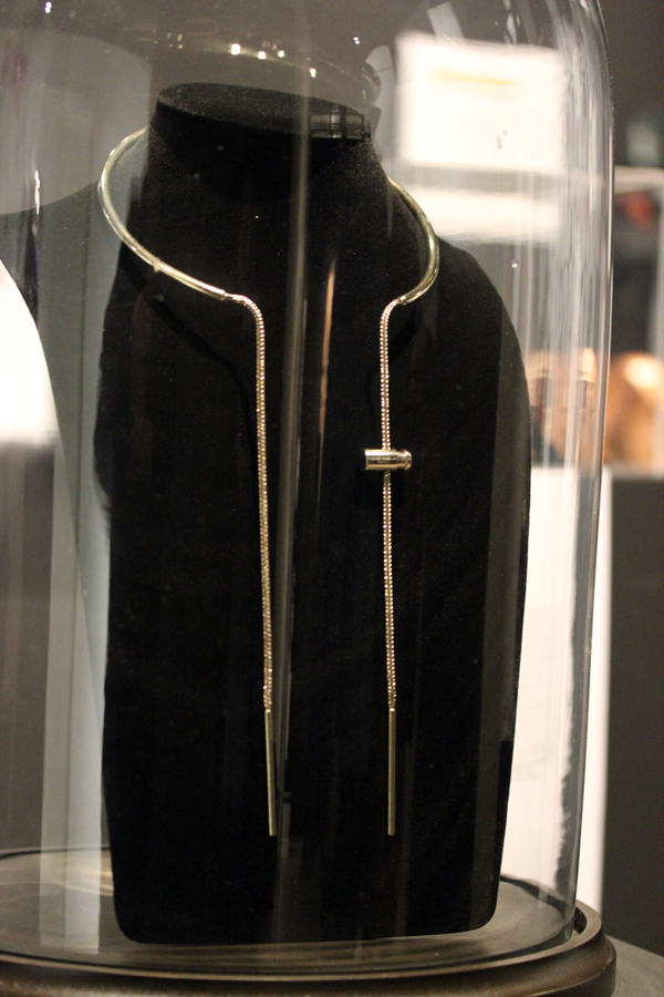 Le_dressing_de_reve_des_parisiens-Exposition-Au_feminin-Paris-Fashion-Ma_Demoiselle_Pierre-Stephanie_Allerme-Jewels_Bijoux-Creators-2