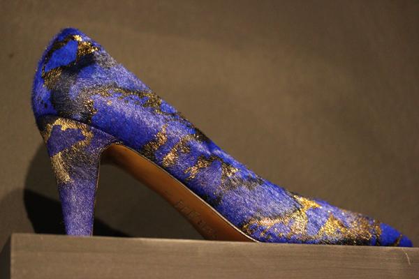 Le_dressing_de_reve_des_parisiens-Exposition-Au_feminin-Paris-Fashion-Shoes-Atelier_Mercadal
