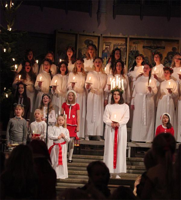 Goteborg-Sweden-Travels-Trip-Christmas-Santa_Lucia-Suede-8