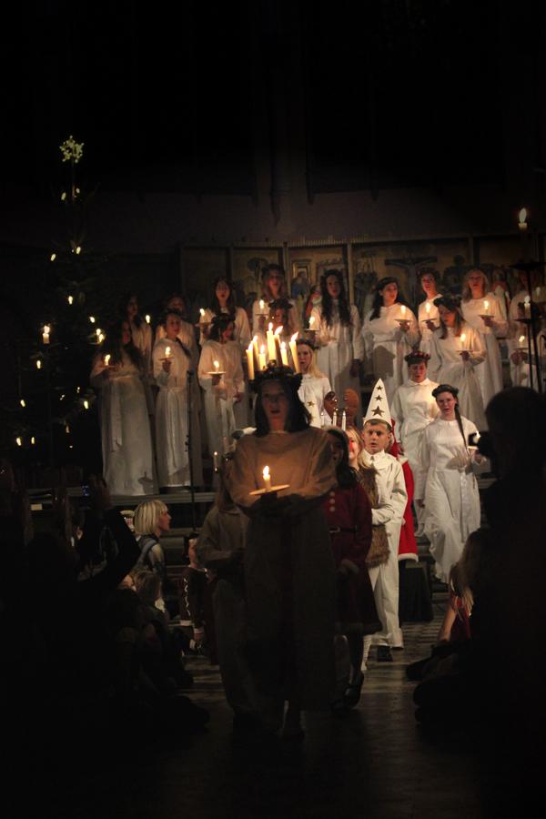 Goteborg-Sweden-Travels-Trip-Christmas-Santa_Lucia-Suede-procession-2015-5