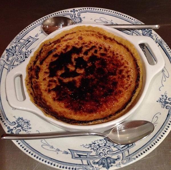 carla bayle vacances ariege restaurant le comptoir creme brulee foie gras f esmaison. Black Bedroom Furniture Sets. Home Design Ideas