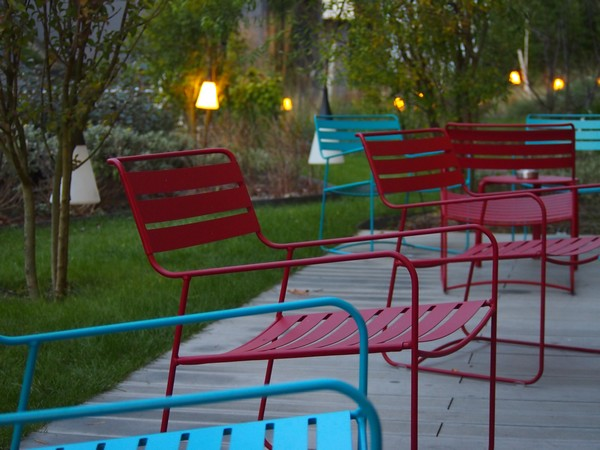 Nomad_hotels-Roissy-Aeroport-Charles_de_Gaulle-design-eco_responsable-salon-terrasse-fermob