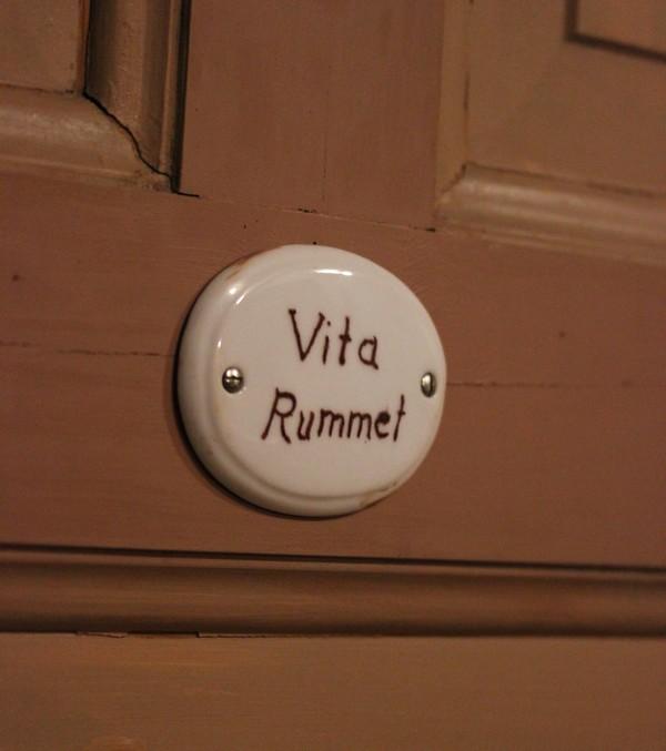 villa sj torp hotel charme trip press sweden suede room f esmaison. Black Bedroom Furniture Sets. Home Design Ideas