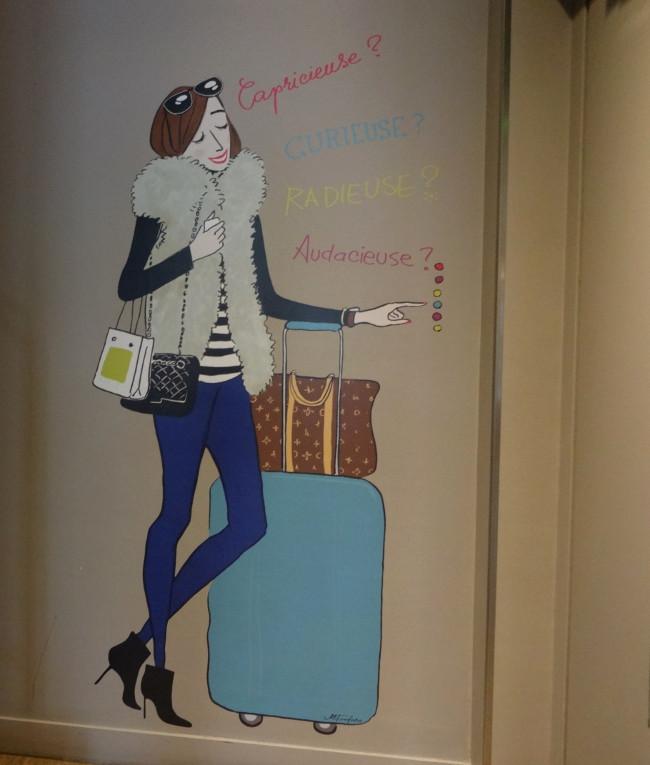 Hotel-La_Parizienne-Paris-Montparnasse-Lobby-illustration-Marta_Fonfara-Ascenseur
