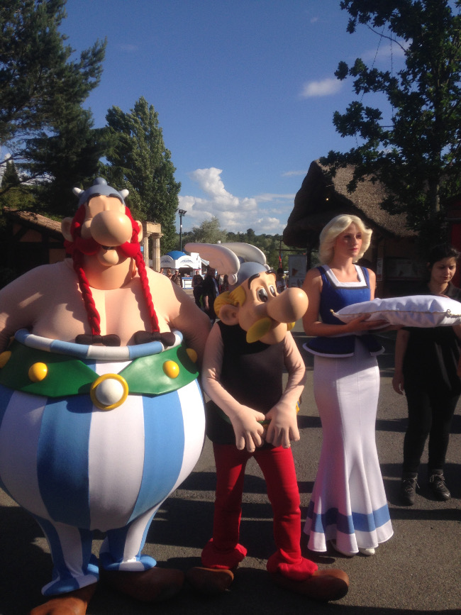Parc_Asterix-Amusement-Attraction-France-Asterix-Obelix-Falbala-Inauguration-Expo