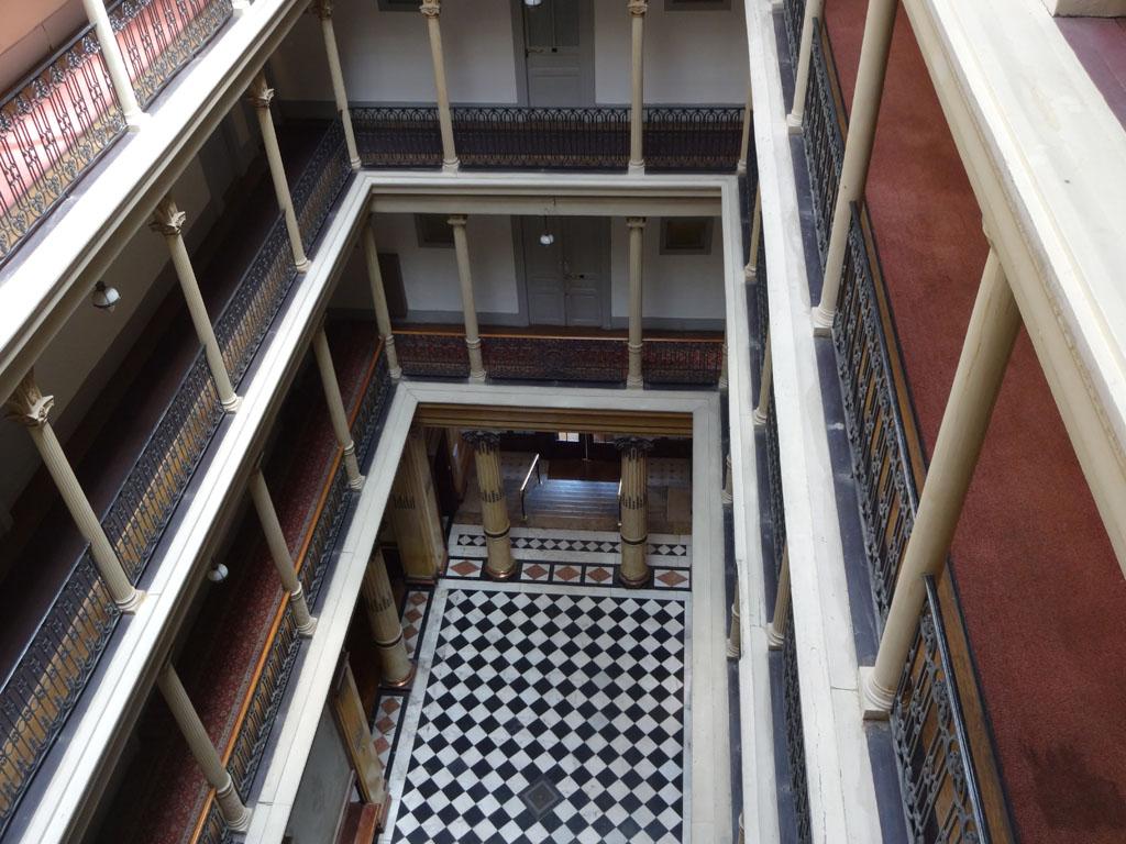 Aix_les_bains-Palace-Luxe-Grand_Hotel-Belle_Epoque-Neoclassique-atrium