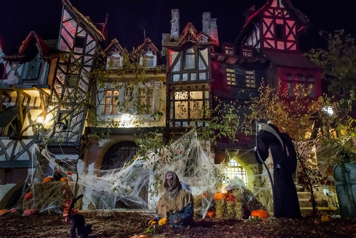 peur_sur_le_parc-parc_asterix-halloween-2016-rue_de_paris