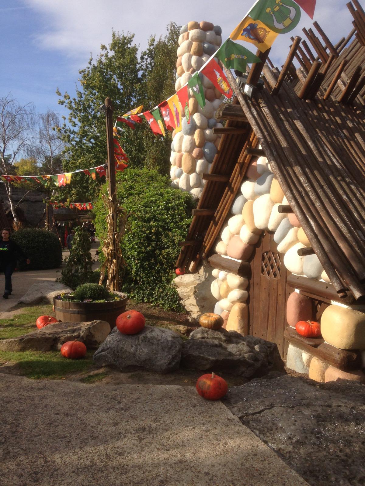 peur_sur_le_parc-parc_asterix-halloween-2016-village