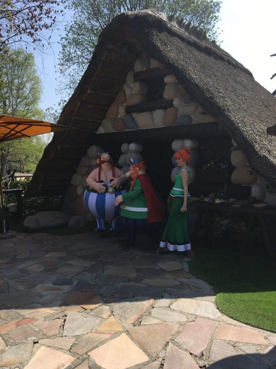 Parc_Asterix-Amusement_park-France-Obelix